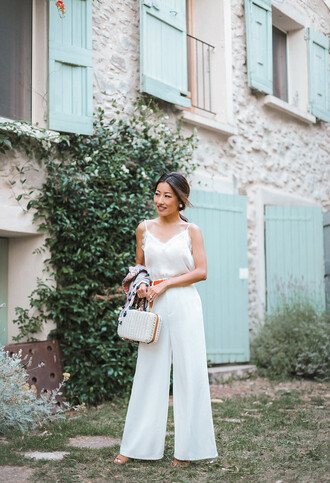 top tumblr camisole white top white pants wide-leg pants all white everything pants bag extra petite blogger shirt shoes sunglasses belt