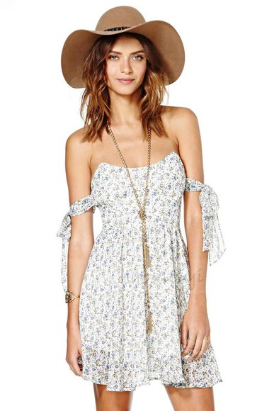 hippie boho gypsy festival floral off the shoulder dress festival dress blogger stone cold fox for love and lemons bustier dress strapless chiffon