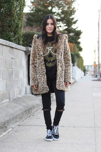 dress like jess blogger faux fur animal print skull t-shirt sneakers vans outfits high top sneakers black sneakers vans leopard print t-shirt graphic tee black ripped jeans ripped jeans black jeans fur leopard print winter coat printed fur coat newcrystalwave newcrystalwavebling