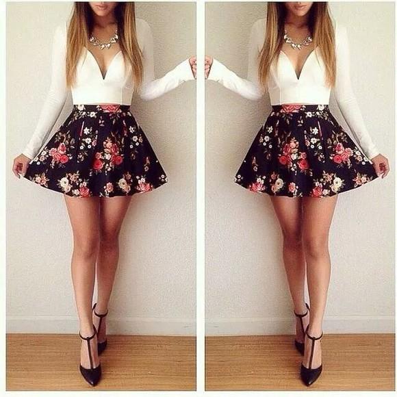 floral dress fashion plunge neckline blouse long sleeves