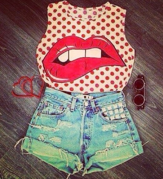 red lips blouse awesome polkadots cool short shorts ripped shorts
