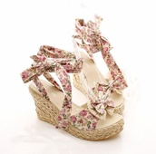 shoes,wedges,cute,cute high heels,floral,girly,sandals,kawaii,bow,bow high heels,strappy sandals
