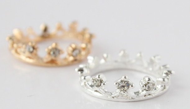 Alloy Crown Ring - Wishbop.com