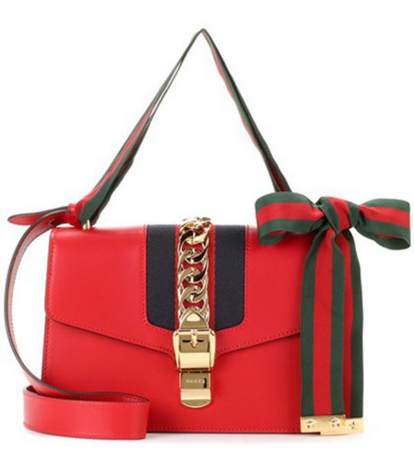 Gucci Sylvie leather shoulder bag in red