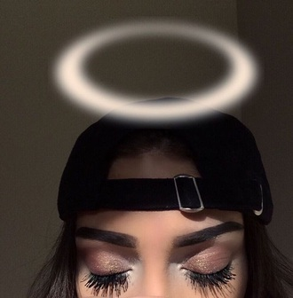 make-up tumblr girl cap eye shadow long eyelashes
