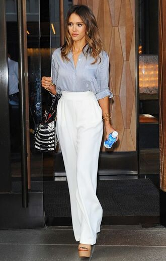 pants celebrity work outfits work outfits office outfits white pants wide-leg pants high waisted pants shirt blue shirt bag printed bag sandals sandal heels high heel sandals platform sandals nude sandals celebrity style celebrity jessica alba