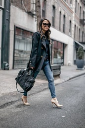 coat,blazer,black blazer,bag,jeans,denim,blue jeans,pumps,heels,high heel pumps,pointed toe pumps,handbag