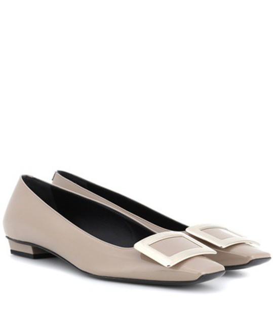 Roger Vivier leather beige shoes