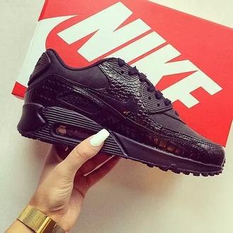 shoes snake print air max