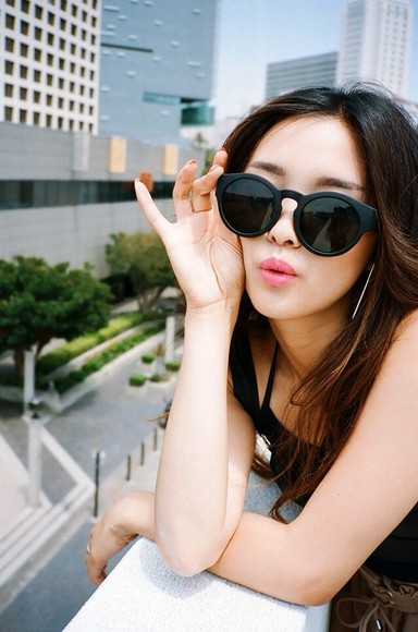 sunglasses black sunglasses retro sunglasses vintage clothesencounters