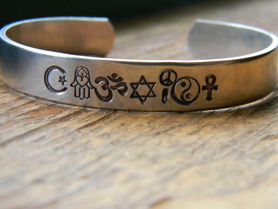 Coexist bracelet made of  islam symbol hamsa om by lindamunequita