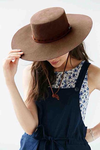 jumpsuit romper dungarees classy hat sunny english british classic navy brown day out races button floral girly cute smart formal occasion summer spring sun sunny day