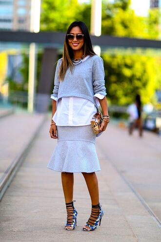 skirt sweater streetstyle fashion week 2014 cropped sweater grey high heels lace-up shoes