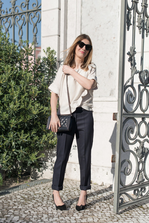 the working girl pants t-shirt bag jewels sunglasses shoes straight pants