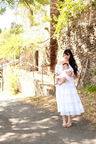 the cherry blossom girl blogger white dress mother and child baby clothing