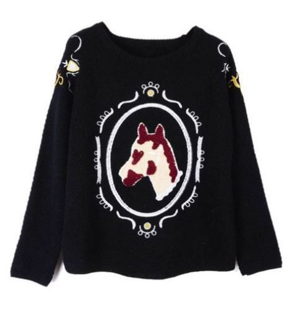 black sweatshirt black sweater embroidered sweater horse head embroidery embroidered detail www.ustrendy.com