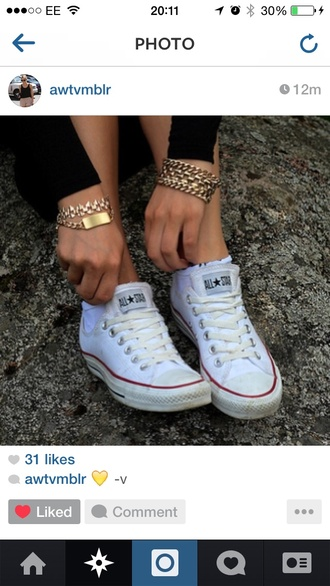jewels bracelets id tag cute summer gold chain designer tumblr celebrity style celebrity instagram converse denim jeans black trousers black jeans
