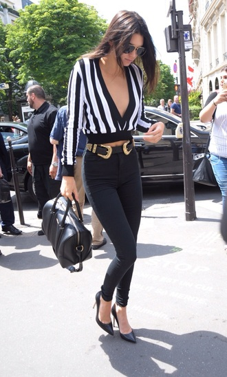 top kendall jenner givenchy belt shoes
