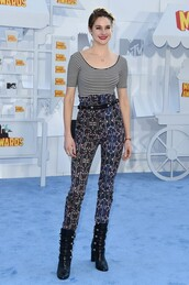 pants,top,shailene woodley,mtv movie awards,boots,striped top