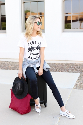 t-shirt leggings hat denim jacket travel bag blogger blogger style slogan t-shirts plimsolls