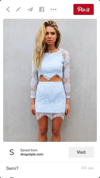 dress blue dress lace dress two piece dress set blonde hair blue and white blue and white dress lace two piece