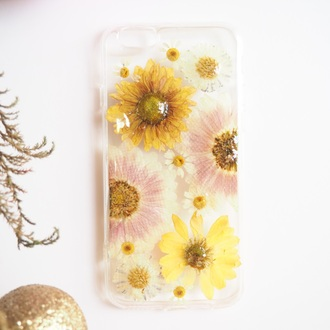 phone cover flowers floral cute girl handmade handcraft iphone 6s iphone 6s plus pressed flowers real flowers daisy daisy lover yellow white vintage cool gift ideas christmas holiday gift holidays trendy design forher formum mum shabibisheep iphone cover iphone case samsung galaxy cases summersummerhandcraft girlfriend