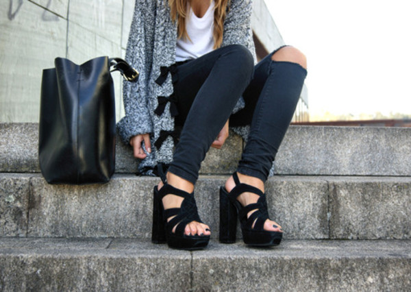 shoes black suede high heels chunky ripped jeans grey cardigan wool bows sweater