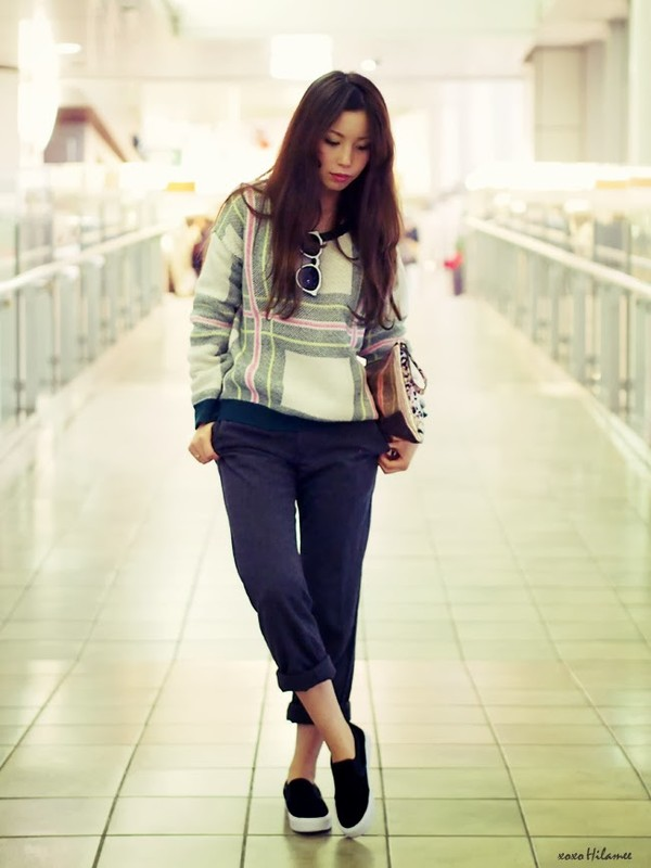 xoxo hilamee sweater pants shoes bag sunglasses
