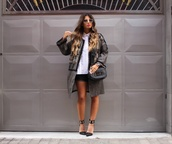 style by nelli,blogger,jacket,shorts,shirt,bag,jewels
