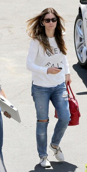 jessica biel shoes sweater