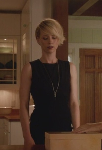 dress revenge margaux lemarchal karine vanasse black dress