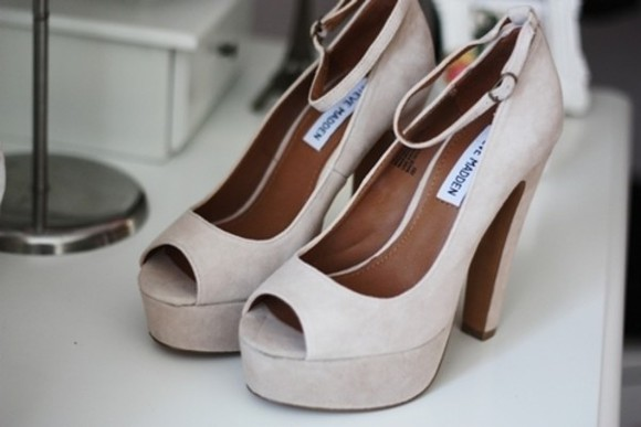 shoes high heels beige pump white style young