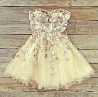 dress tumblr prom creme cream clothes sequins flower tulle skirt sweetheart dresses