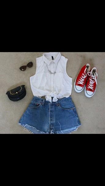 top cute top simple tee white top