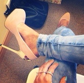 shoes,cream high heels,gold,high heels,jeans,nude high heels,goldheels,rose,heels,beige heels,stilettos,beige,cute