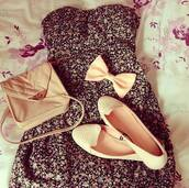 dress,floral,floral dress,black,colorful,summer,sleeveless,black and floral,cream flats,tan bag,cream bow,sleeveless dress,cute,cute dress,flowers,summer dress,bow,bows,bag,shoes,pastel