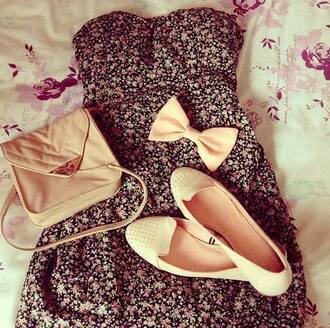 dress floral floral dress black colorful summer sleeveless black and floral cream flats tan bag cream bow sleeveless dress cute cute dress flowers summer dress bow bows bag shoes pastel