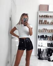 shorts,black shorts