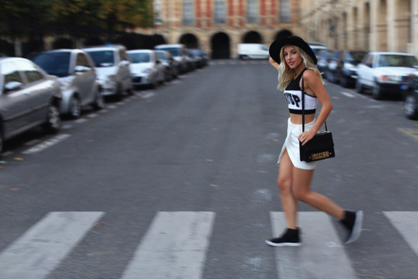 evelinas fashion cafe blogger hat crop tops moschino white skirt