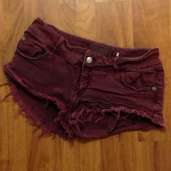 Brandy melville burgundy shorts from saskia's closet on poshmark