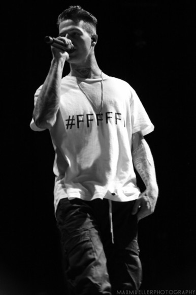 white t-shirt shirt white streetwear the neighbourhood jesse rutherford