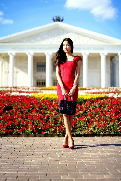 red dress red blogger aibina's blog jewels shoes red heels high heels red shoes jimmy choo daniel wellington classy wedding clothes party dress clutch