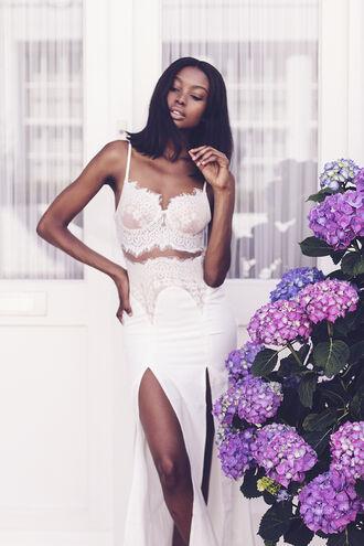 bisous natascha blogger dress white lace two-piece high waisted slit skirt slit maxi skirt black girls killin it