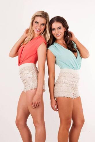 romper coral crochet shorts