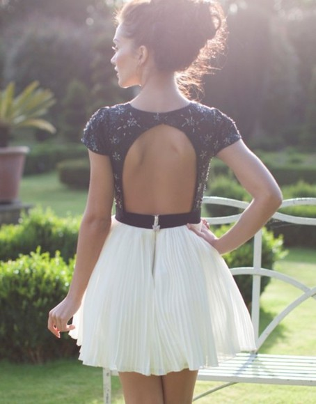 dress open back girly zip beautiful girl pretty white black lace open back dresses flowers nude dress white skirt blue white dress blue dress blue and white cute dress black lace black and white backless dress fit and flare black prom dress short prom dress lace dress