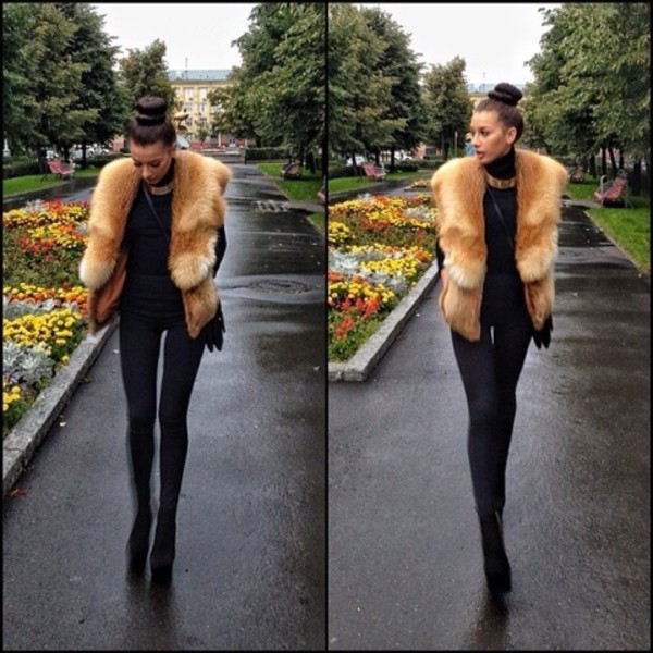 jewels gold jewelry necklace faux fur jacket faux fur coat coat