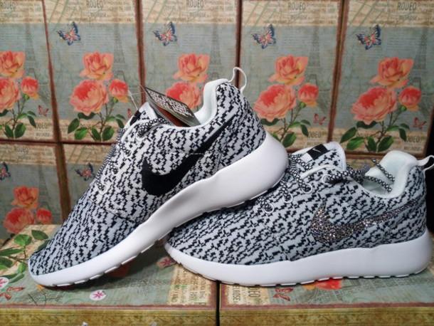 a698cca12a741 shoes bling nike women shoes custom nike women shoes nike roshe run nike  roshe run floral