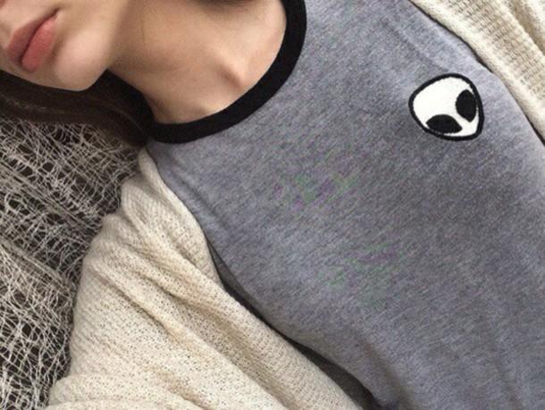 t-shirt shirt alien grunge style t-shirt grey alien shirt brandy melville
