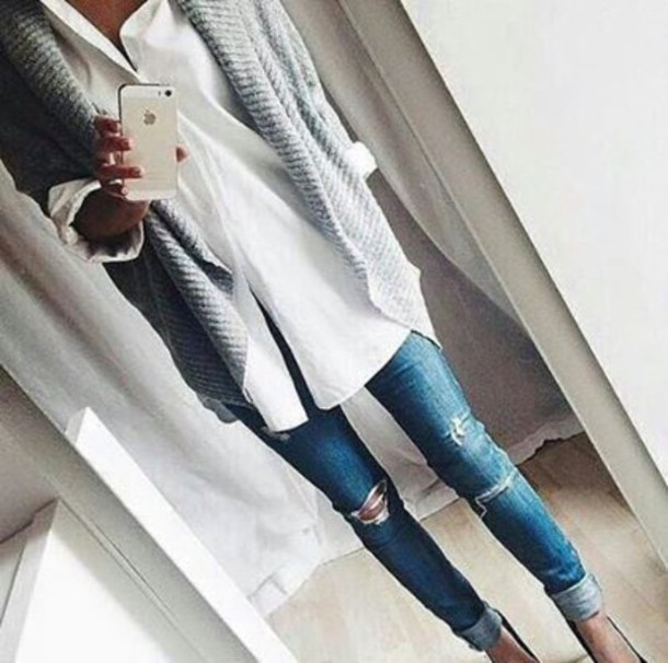 sweater grey sweater oversized sweater shirt white shirt jeans blue jeans jacket cardigan grey cardigan white top