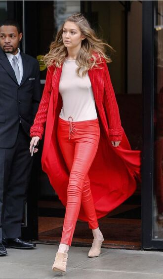 pants top red red pants gigi hadid ny fashion week 2016 fashion week 2016 coat model pumps streetstyle shoes